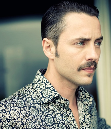 MrPorter-Pete-Campbell-1
